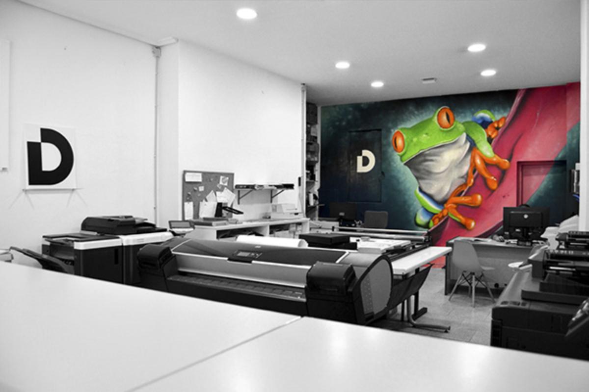 Imagen del interior del Estudio de Diseño Gráfico e Imprenta Dolky